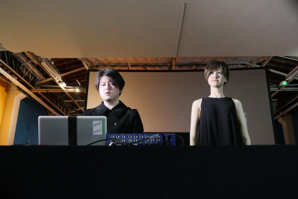 5 -Hiroshi Ishiguro- Keiichiro Shibuya-photo-Justine Emard- Palais de Tokyo